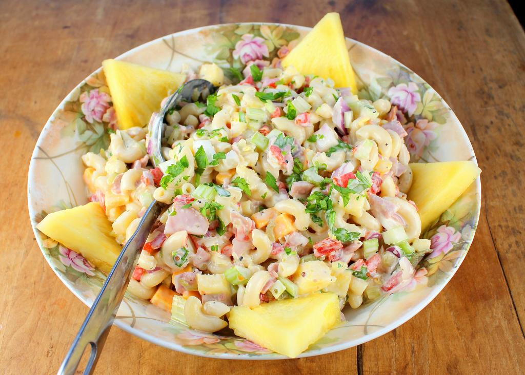 Chicken Noodle Casserole together with 1436 additionally Chicken salad further 18887 also 31861. on cold ham recipes