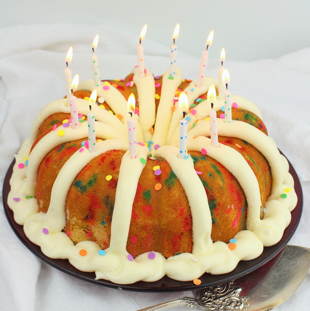 How To Make Vanilla Icing For Bundt Cake