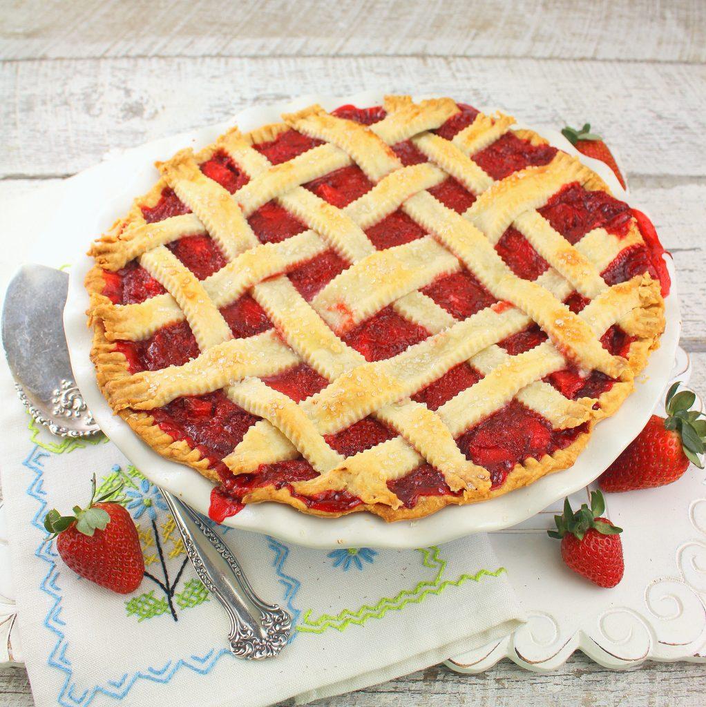 Fresh Strawberry Pie #PiDay